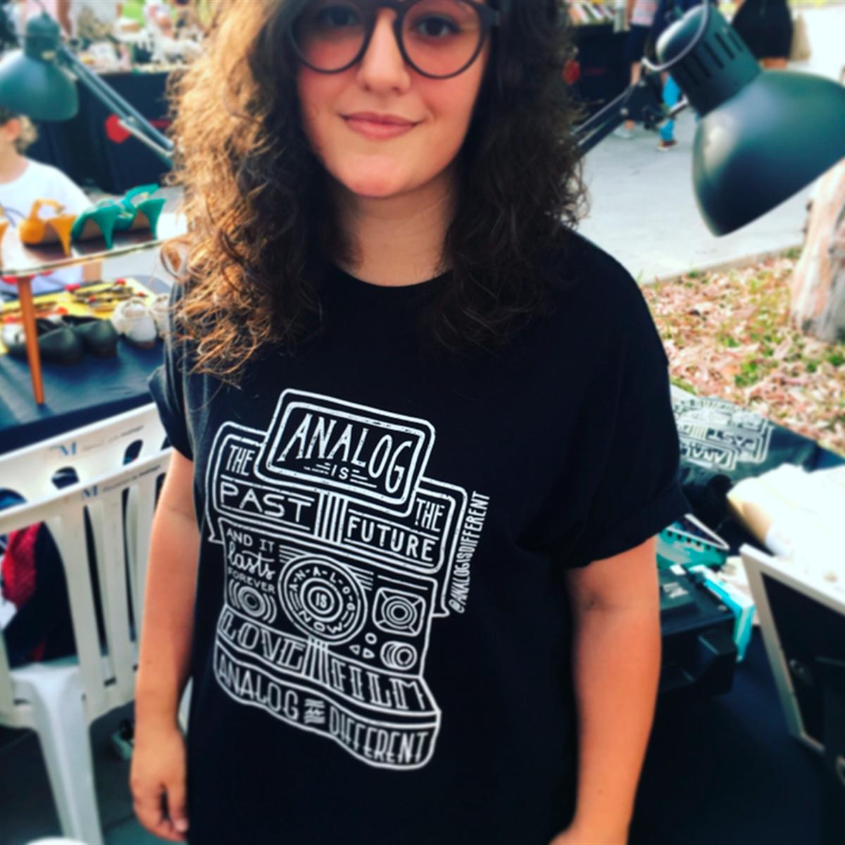 camiseta analog